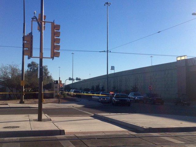 Man injured in shooting; police investigating