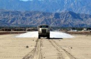 State hopes 'Gorilla-Snot' to fix I-10 dust