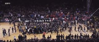 Pac-12 to implement court storming fines