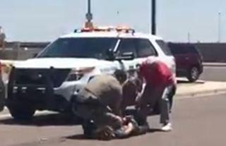 Citizens help trooper detain combative subject