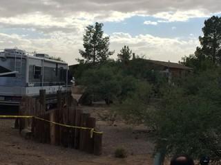 Barricade ends as apparent murder-suicide