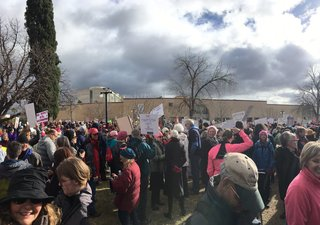 Thousands show for Tucson Women's March