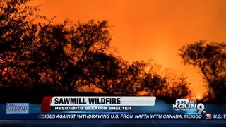 Community comes together during Sawmill Fire