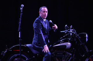 Jerry Seinfeld coming to Tucson in September