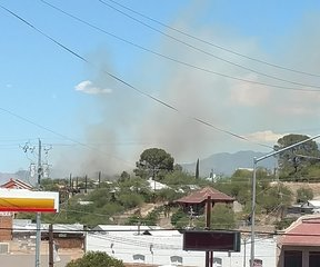 Brush fire in Nogales causes evacuations
