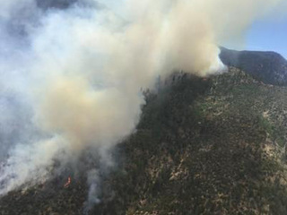 Frye Fire continues to burn near Safford