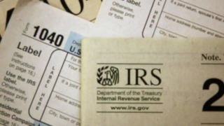 IRS warns of phone scam