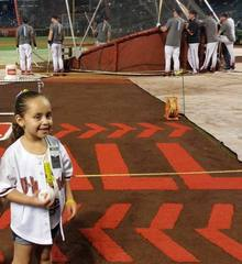 Dbacks to honor Tucson girl who had brain tumor