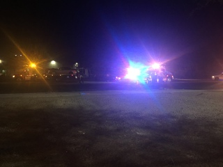 Car accident shuts down eastbound River Road