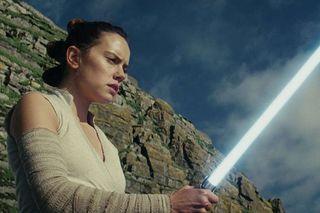 'The Last Jedi' (MOVIE REVIEW)