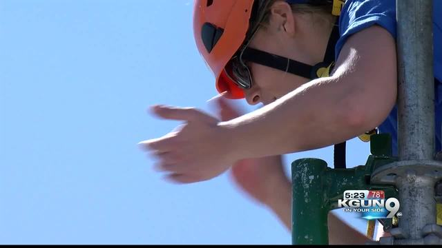 girl scouts take plunge off tucson s tallest building for