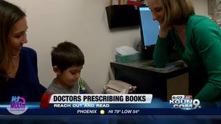 Doctors prescribing books to help kids