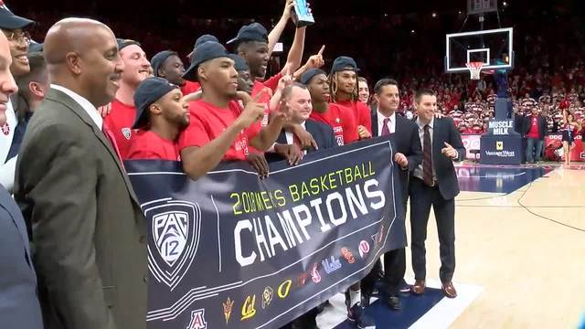 Andre Iguodala reacts to Arizona being blown out in NCAA Tournament
