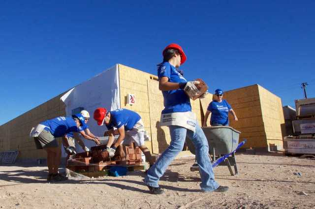 Habitat kicks-off women build week