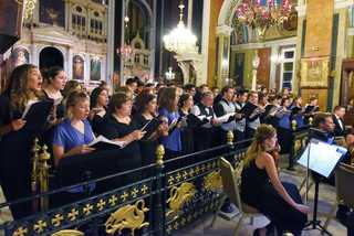 Local choir performs in Greek music festival