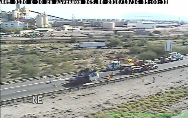 Crash on I-10W and Alvernon shuts down freeway
